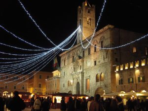 From Fermo cathedral to Ascoli Piceno's 100 towers
